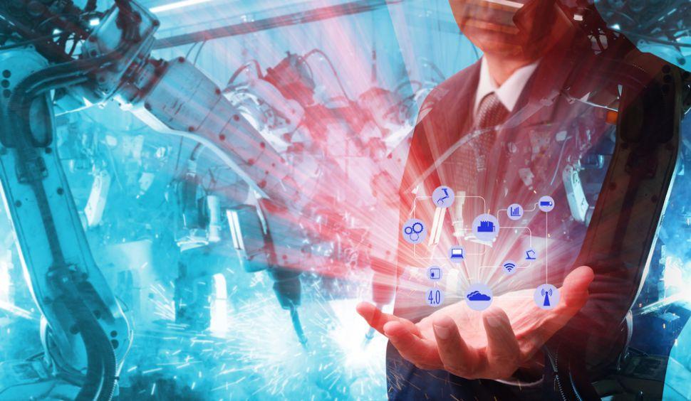 How Manufacturing Analytics Informs Logistics