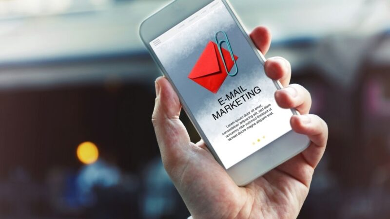 Holiday Email Marketing Tips For eCommerce Businesses