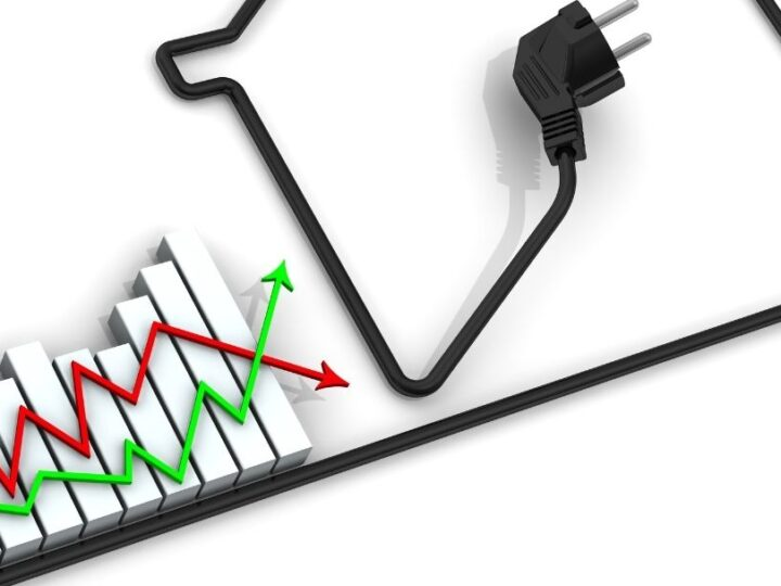 What are the different types of company electricity tariffs?